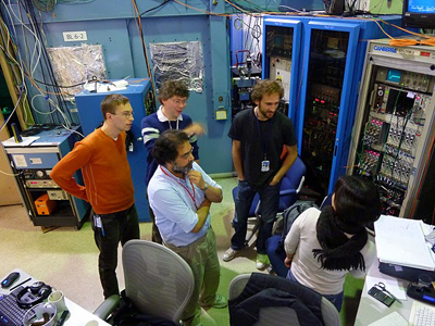 2010 Yachandra Yano Lab At SSRL Beamline 6 2 L To R Henning Schroeder Jan Kern Vittal Ben Lassalle And Junko
